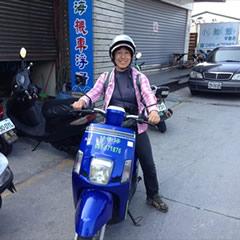 [写真]台湾でレンタルバイクに乗る管理人